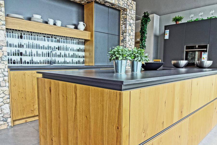 k chentreff senden tische f r die k che. Black Bedroom Furniture Sets. Home Design Ideas